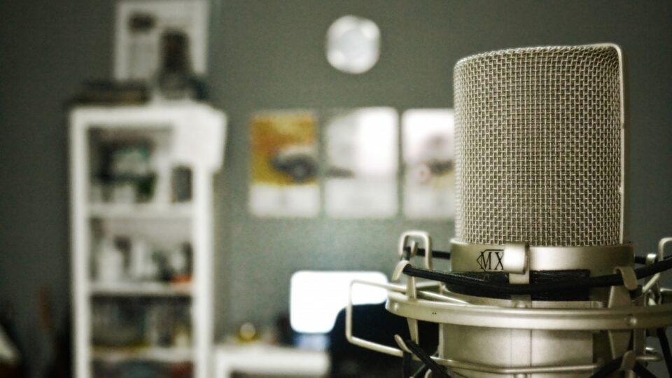 cara membuat voice over